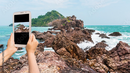 Take photo Island on daylight