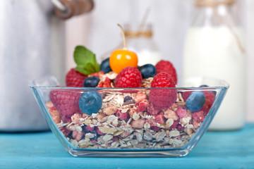 Müsli mit Milch - Fitness-Frühstück