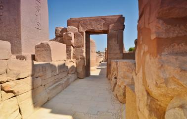 Ruins of Karnak hrama.Steny. Luxor. Egypt.
