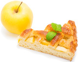 piece of apple pie with fresh fruit