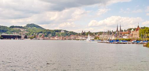 Die Luzerner Seepromenade