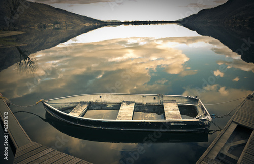 boat at the lake