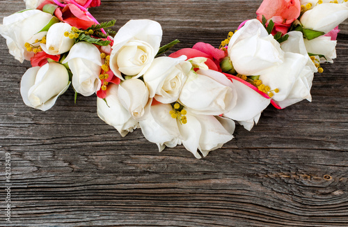 Elegance white roses garland, decoration