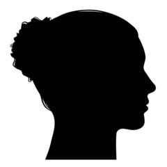 Weiblicher Kopf seitlich im Profil mit Dutt