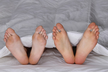 Pies en la cama- Feet in the bed-