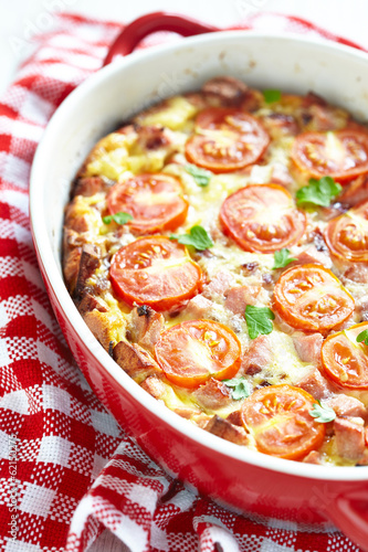 Omelette with tomato and sausage