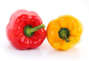 Papryka czerwona i żółta - cała