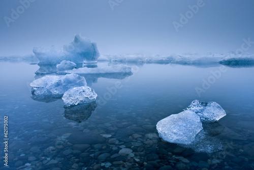 Papiers peints Glaciers Foggy Icebergs
