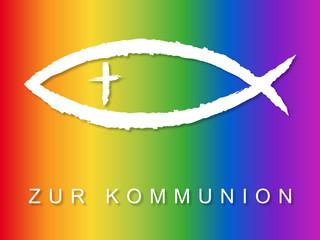 Kommunionskarten-Design mit Fischsymbol in Regenbogenfarben
