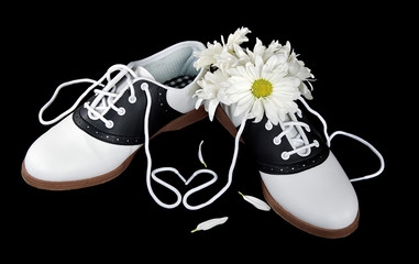 daises in saddle shoe with heart shoestring