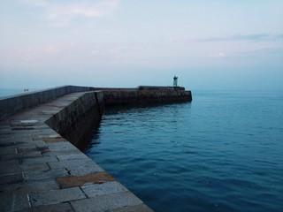Hafen / Kaimauer