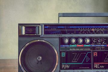 grunge retro stereo