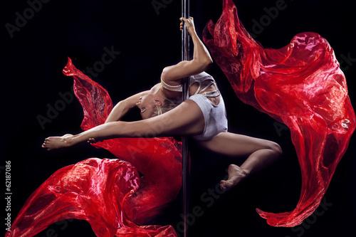 Papiers peints Aerien pole dance woman