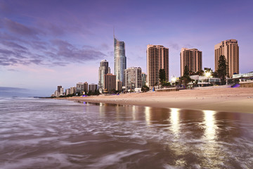 QE Surfers Paradise Beach CBD North Rise
