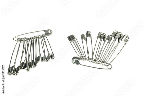 Group of safety pins