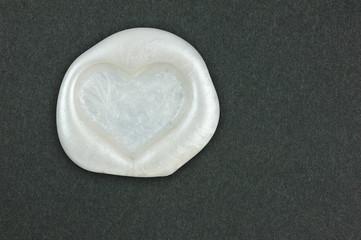 Heart-shaped sealing wax