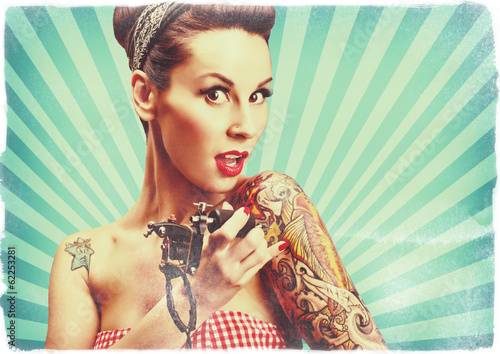 Pin-Up girl with tattoos - 62253281