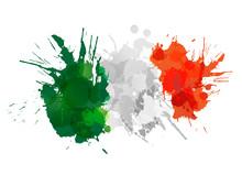 Włoska flaga z kolorowymi odpryskami