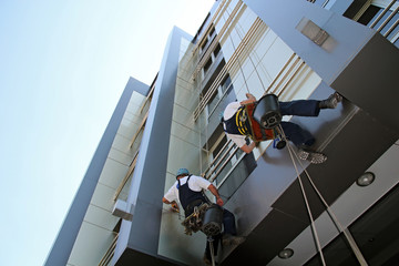 Facade Cleaning - Glass Cleaning Services