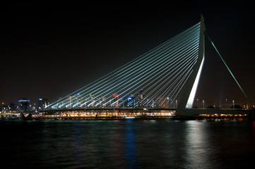 Erasmusbrug by night