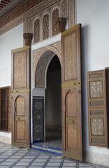 Porte bois palais de la Bahia
