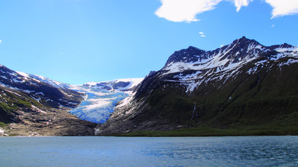 The blue glacier and the lake