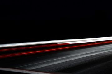 Leuchtspuren im Nachtverkehr