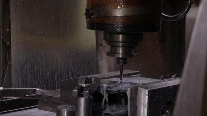 eavy industry - Drilling using a oil based cutting fluid