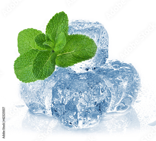 Foto op Plexiglas Gletsjers ice cubes and mint