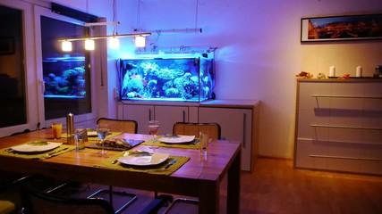 Wohnzimmer mit Aquarium