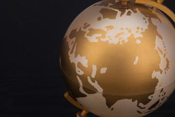 金 地球儀
