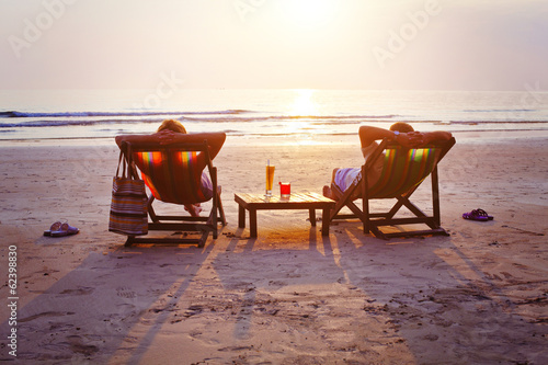 relax on the beach - 62398830