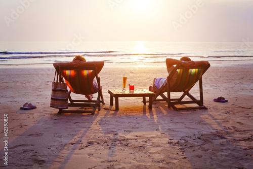 Leinwanddruck Bild relax on the beach