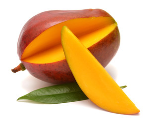 Mango with leaf and slices