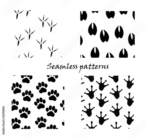 Animal tracks, seamless patterns