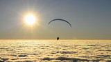 para glider float over beautiful mist (effect)