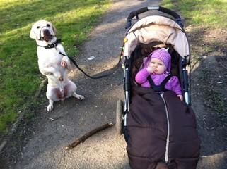 Unterwegs mit Kind und Hund