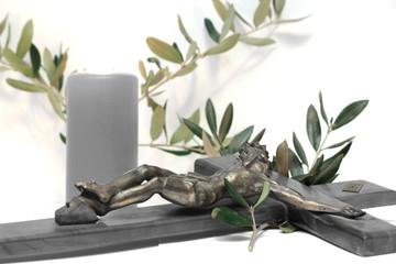 crocifisso con ulivo