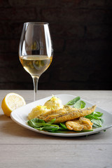 Dinner, Fish fillet with potato, young spinach and white wine