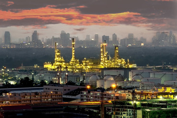 Petrochemical plant ( oil refinery ) industry at dusk