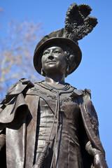 Statue of Queen Mother Elizabeth in London