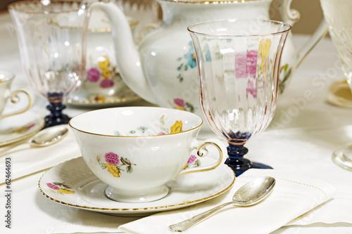 Leinwanddruck Bild Antique floral tea set