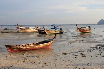 Barche arenate