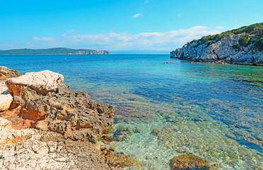 Cala Dragunara shore