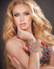 Beauty and jewelry woman with diamonds