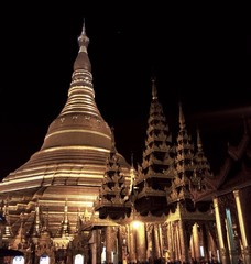 Shwedagon Pagoda in Yangon, Myanmar at night