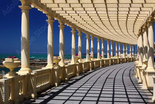 Pergola at Foz do Douro, not far from Oporto