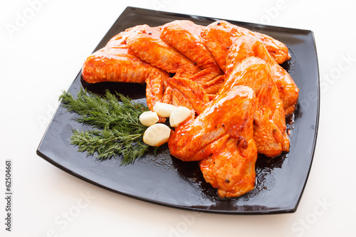 raw chicken wings