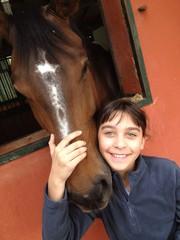 bambina e il suo cavallo