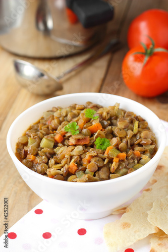 Green lentils with vegetables